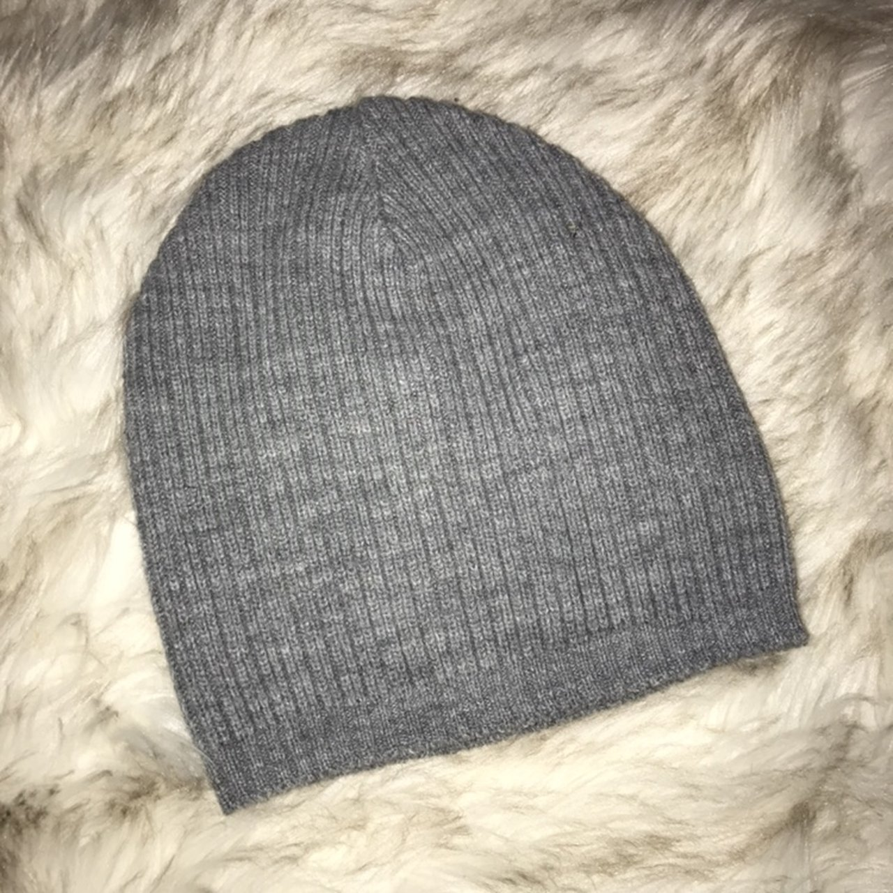 Plain gray beanie Worn once Perfect condition - Depop 56d891bd8c1