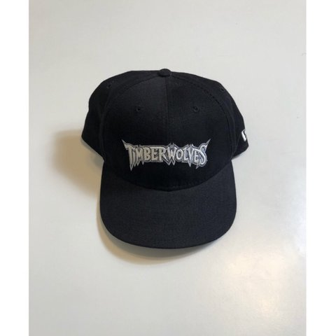 465cb285ed9 Vintage MN Timberwolves SnapBack hat OSFA Could use a wipe - Depop