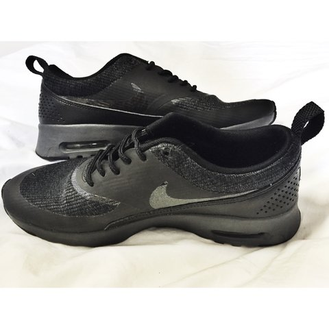 55ea37d0f93 Nike Air Max Thea Women's all Black, Size 6, very good Only - Depop