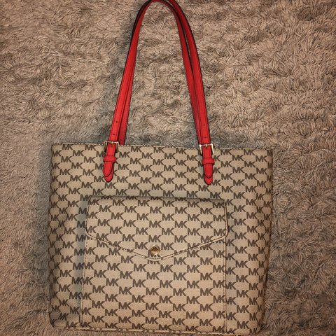 e2effa03b724 @kimlyzking. 3 months ago. United States. Michael Kors beige/red tote bag  in good condition