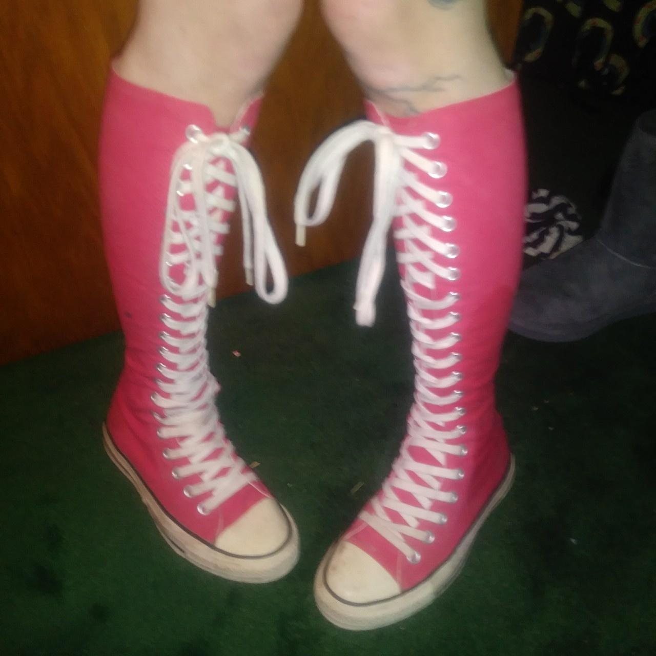 Knee high zip up red converse!! In