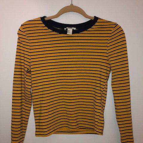 185a967283 @amandafern. 3 days ago. Miami, United States. Mustard yellow, navy blue  and white horizontal striped long sleeve shirt.