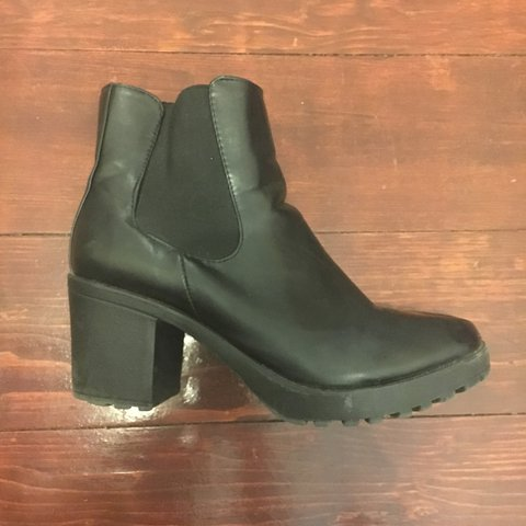 531b1c5af6 Faux leather Chelsea boots. Size 10 11. Think the brand is a - Depop