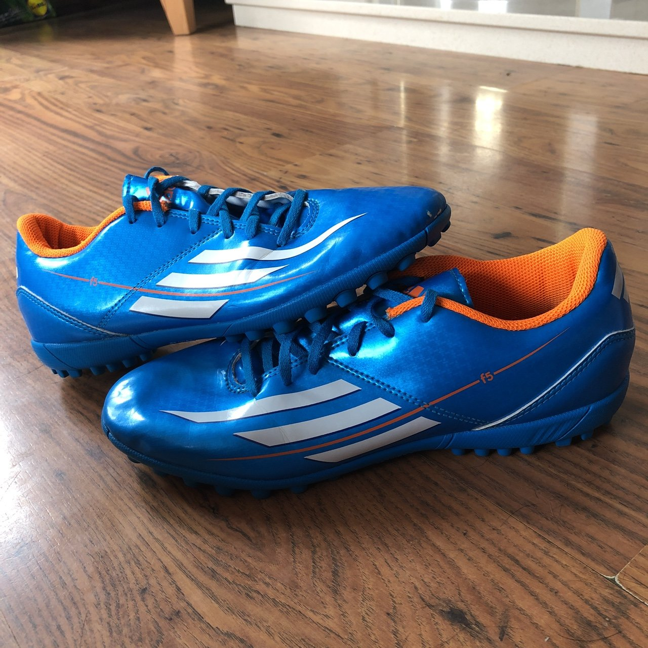 88ff16d0eee3 Adidas F5 TRX Astro Turf Boots UK Size 6 Can be used as fade - Depop