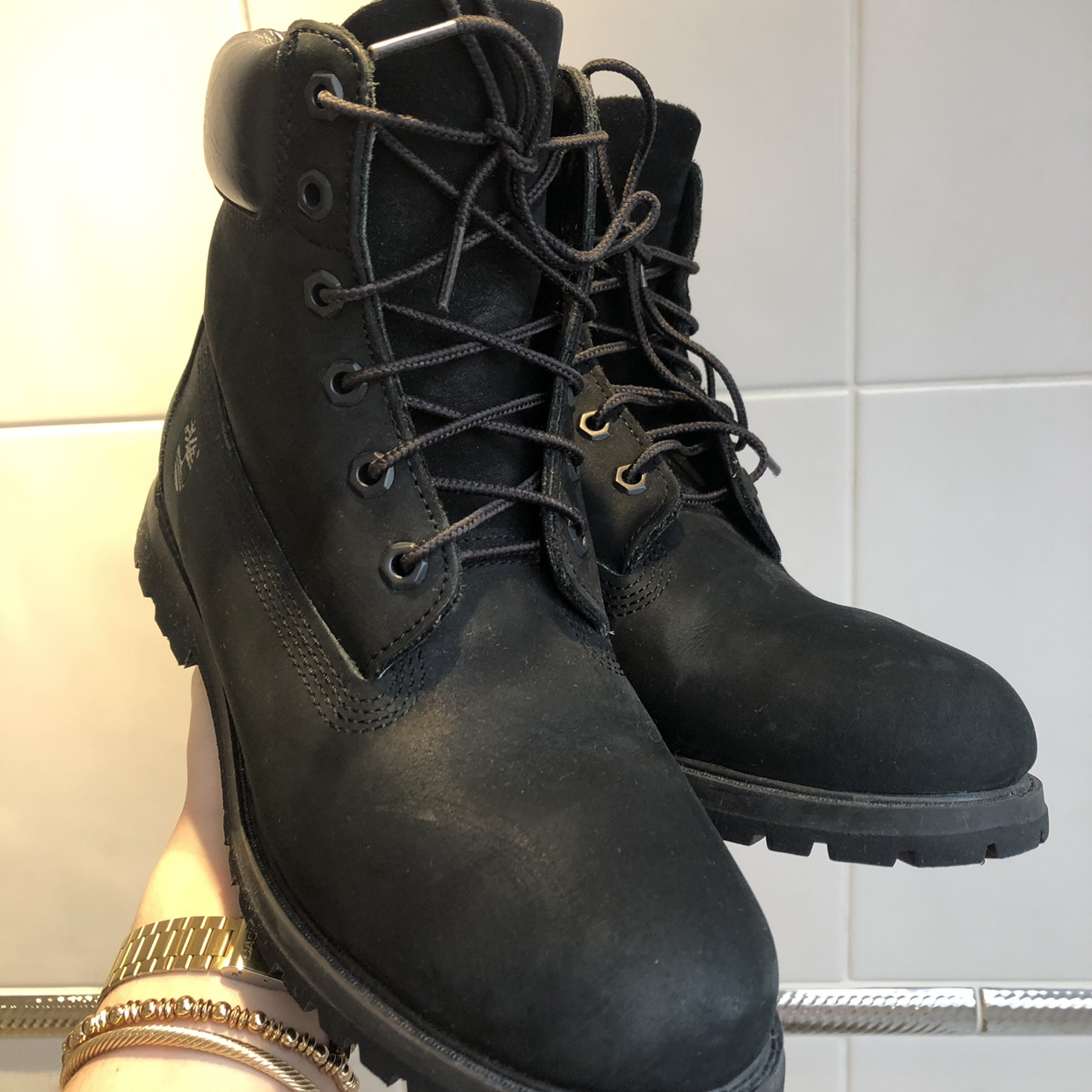 Triple black timberland boots Uk 8 worn once In Depop