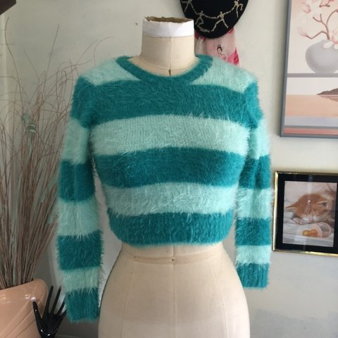 226b321a1ebb Cropped fuzzy sweater. Super duper soft and comfy. Has Never - Depop