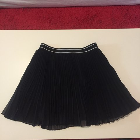 3944c898b Mini skirt with folds/ perfect condition/ seize M/ #mini - Depop