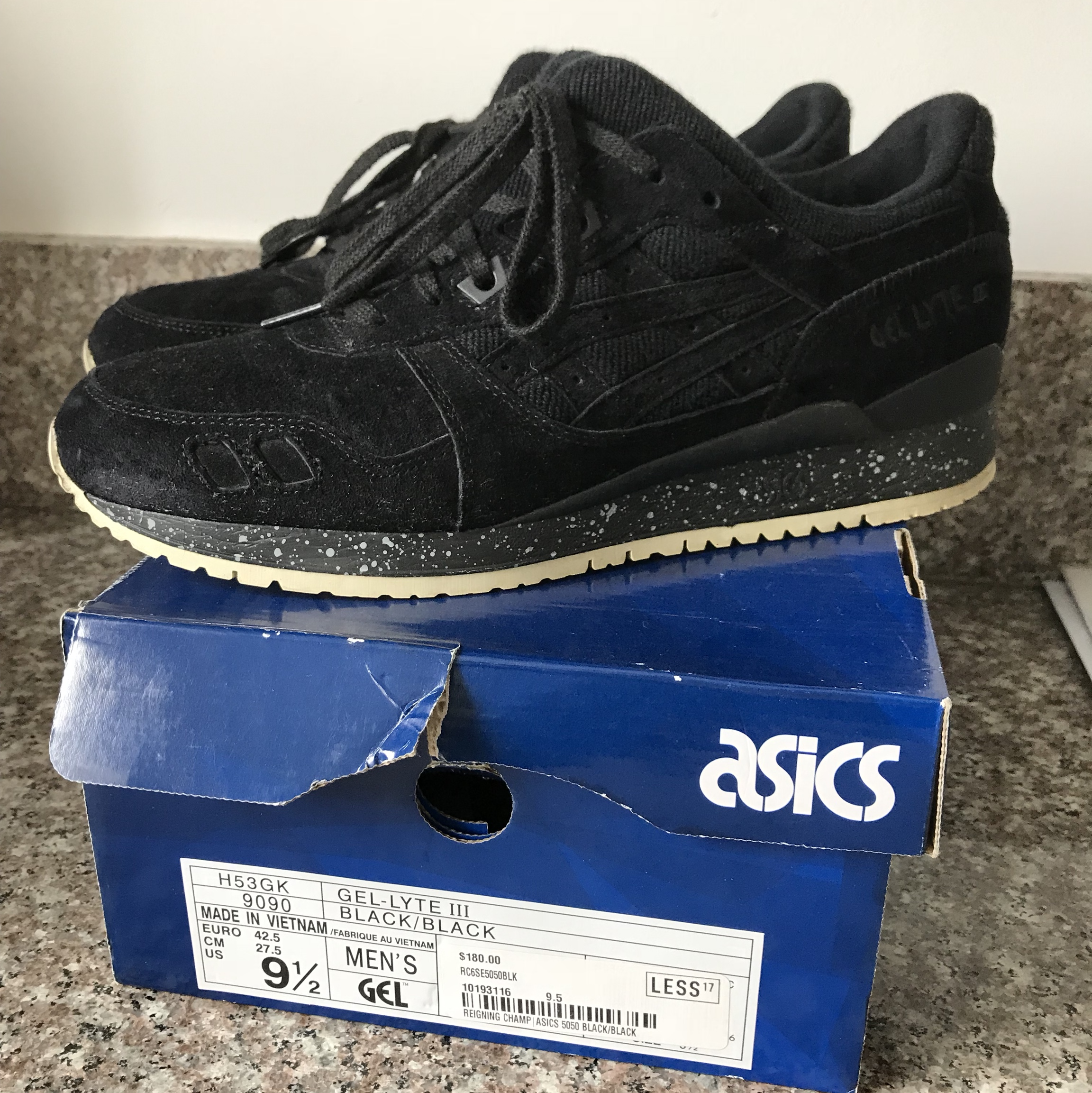 new product 34570 0e3fa Reigning Champ x ASICS GEL-Lyte III Black / Worn... - Depop
