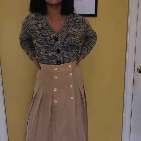 1fb427d6ec7cb3 cute calf length skirt from talbots! it doesn't show too in - Depop