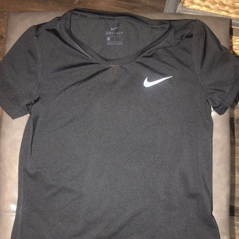 128bb8acc @suzycc11. 7 days ago. San Diego, United States. Nike Dri-Fit work out shirt.  Size large in kids ...