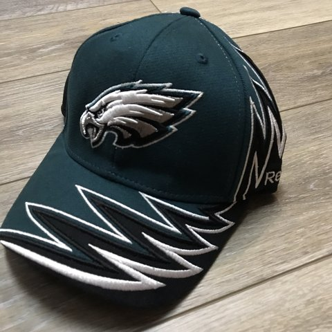 Philadelphia Eagles Reebok hat. Has been worn just a couple - Depop 956529ad4