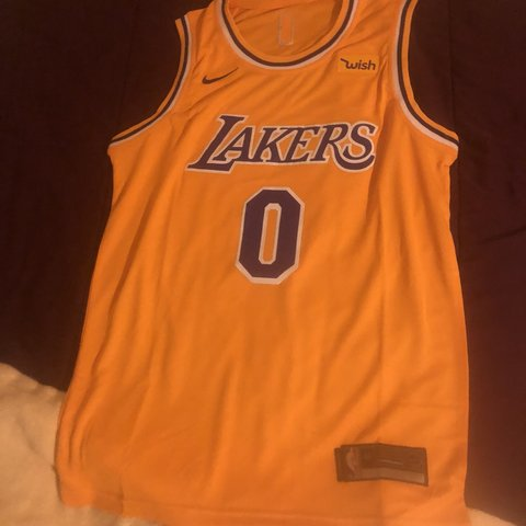96dbea93 @cptclutch13. 5 months ago. North Plainfield, United States. Kyle Kuzma  Lakers jersey size M. Negotiable