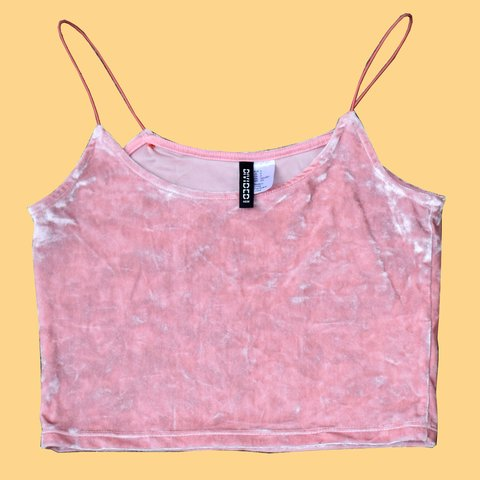 a61f70b4f3e030 ✨ pink velvet spaghetti strap crop top. Perfect out my page - Depop