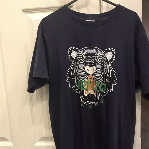 d70fa9b4 @cypriotsalesman. 4 months ago. London, United Kingdom. KENZO T-SHIRT  MEDIUM M Mens 100% authentic. Navy blue with white/ green/ orange tiger