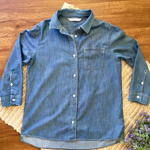 abda66dd03 Woolrich Denim Shirt Button down Size small Pocket on the to - Depop