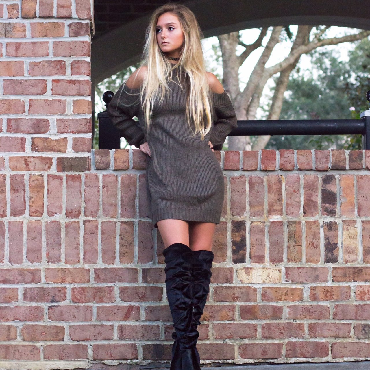 61fb4982dca @brooklyngabby. 2 months ago. United States. TOBI sweater dress size small  Perfect knee high boots!