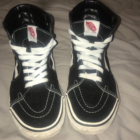 1d581e1e96bb65 Black and white High top lace up vans