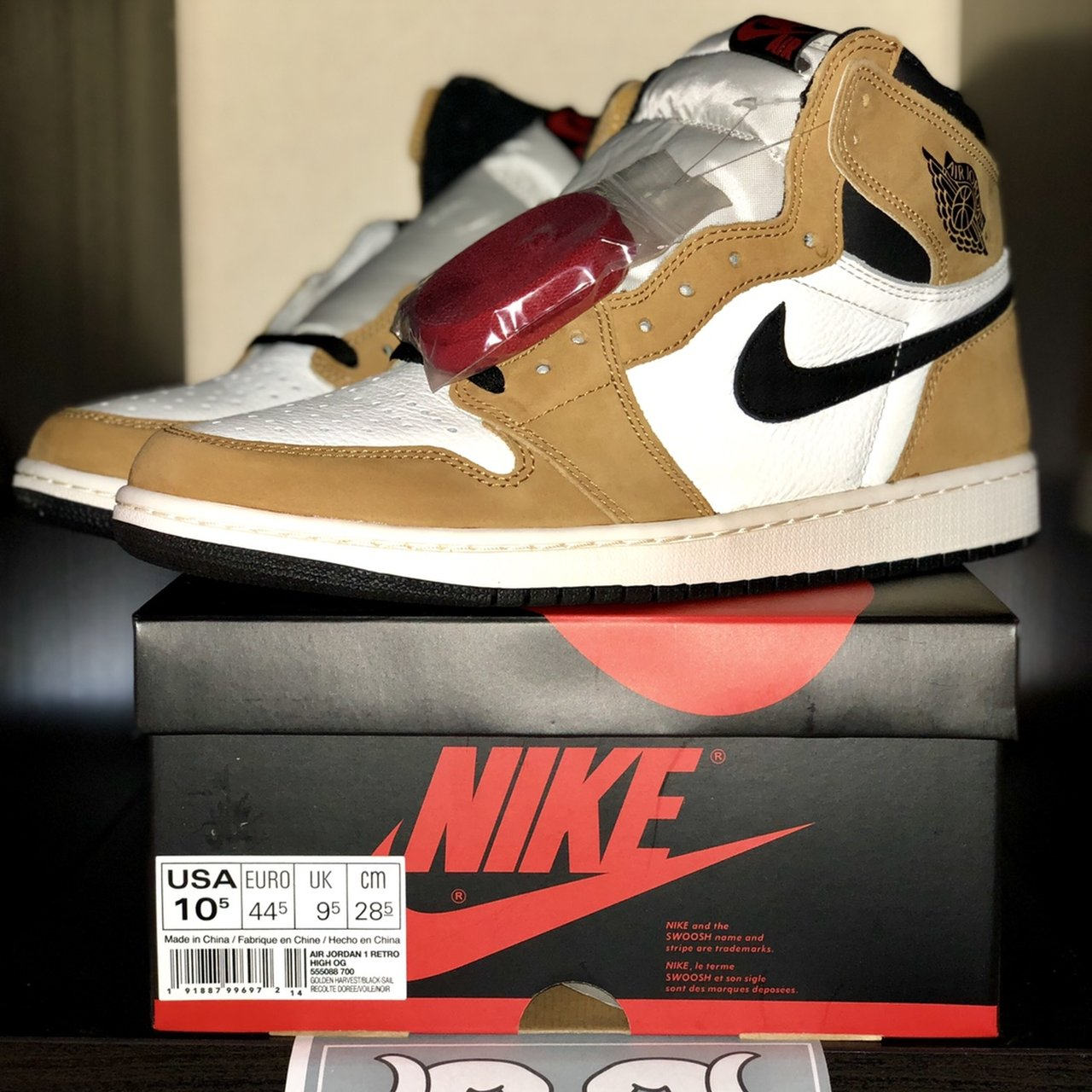 1d19cc2797a @overpriced_store. 6 months ago. Napoli, Italia. Air Jordan 1 Retro High  Rookie of the Year