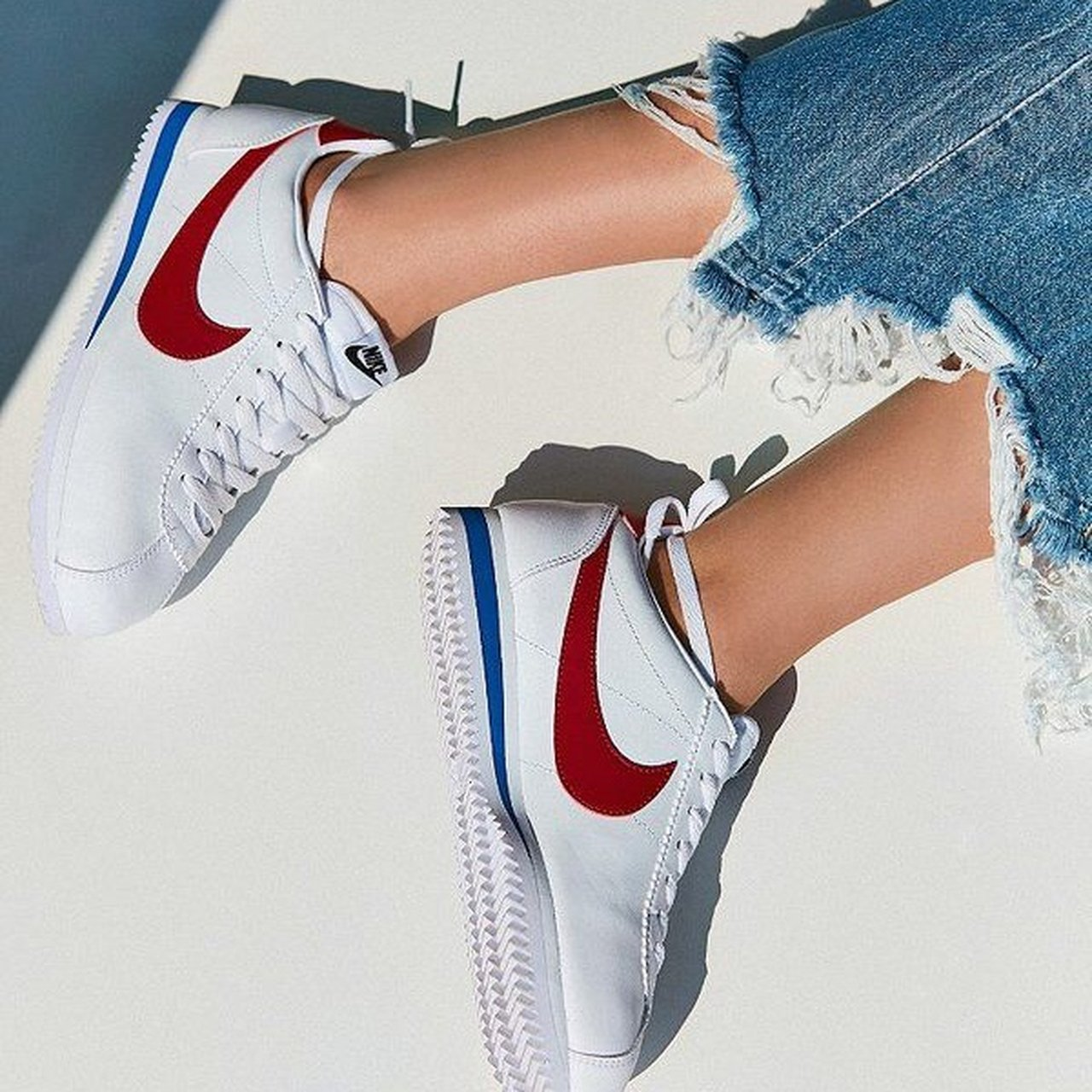 new style 1e483 96543 Nike Cortez sneakers. Size 7.5. Was only worn once. Very new