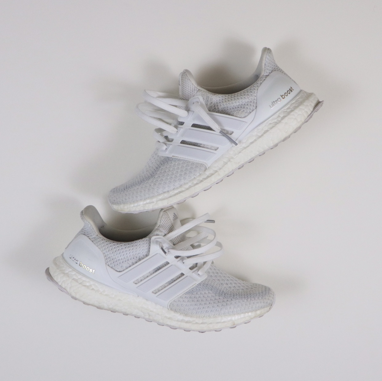 adidas Ultra Boost 2.0 Triple White Size: 8.5 NWT
