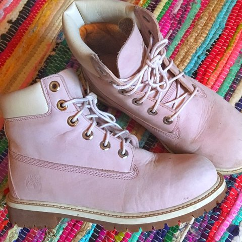 fcdd61dd8e994 Lilac / light baby pink wash timberland boots • size 5 • cat - Depop