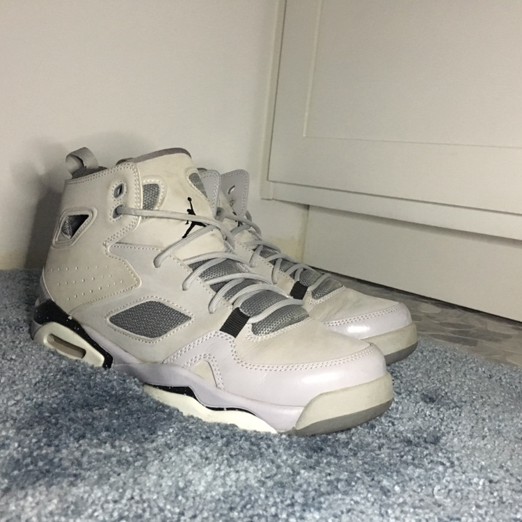 los angeles df1a0 0245b 👟Air Jordan Grey Grade school Flight Club '91 8/10... - Depop