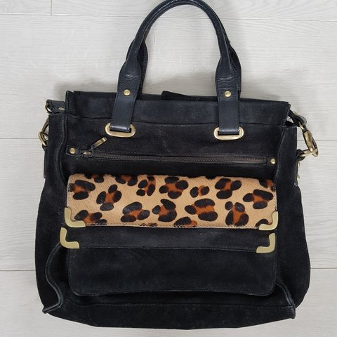 26e277a2c893 Real black leather & suede handbag with zip details and faux - Depop