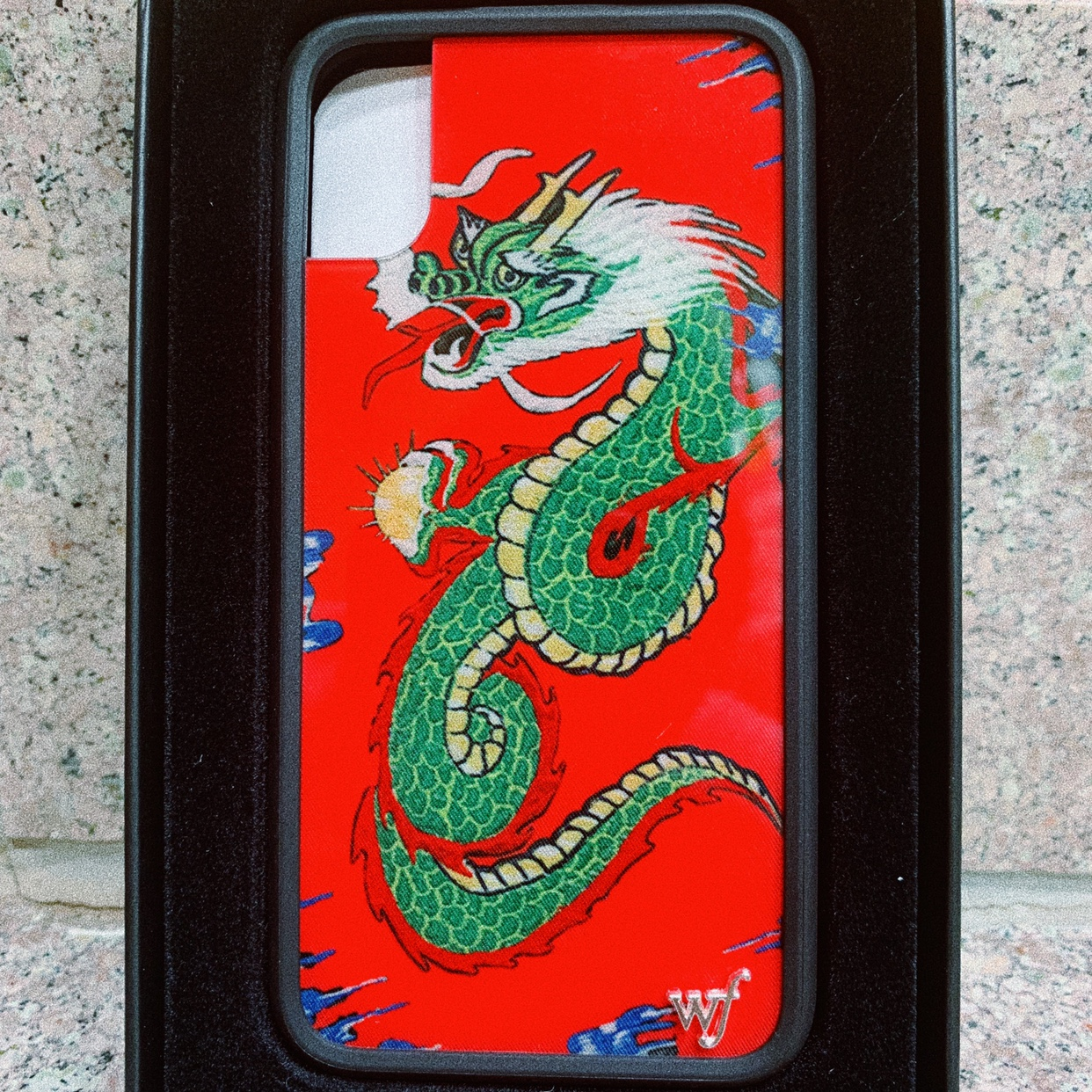 finest selection 00e9e 10b87 Limited Edition Red Dragon Wildflower X/XS Case Mint... - Depop