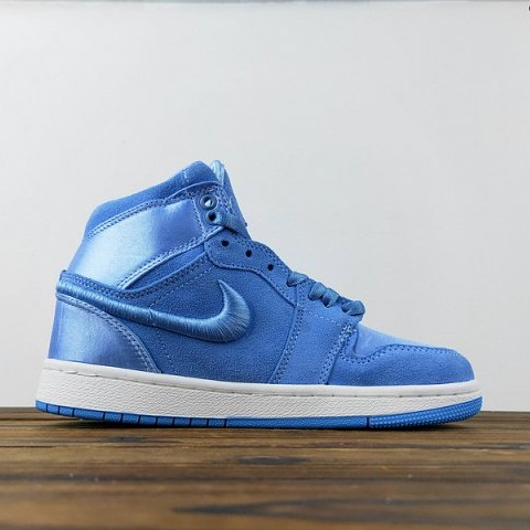 High Of Depop Mint Foam Air Season Her Royal Jordan 1 Nike fgYy76vbI