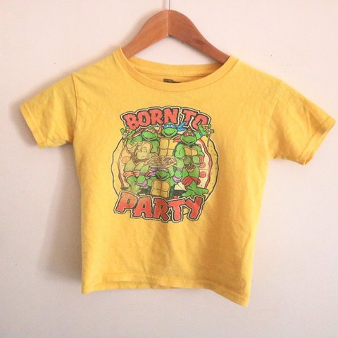 9e6baf441 @asw179. 2 months ago. Windham, Windham County, United States. Vintage 90s Teenage  Mutant Ninja Turtles Pizza Party T Shirt ...