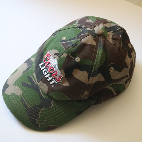 34424d210fc234 @asw179. 2 days ago. Windham, Windham County, United States. Vintage Coors  Light Camo Camoflage Snapback Trucker Hat Excellent vintage condition