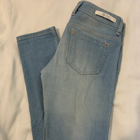 7c5e3419 @ethommo. 23 days ago. Jindabyne, Australia. Lee Riders Jeans SIZE 9 Skinny  Light wash blue. Price negotiable