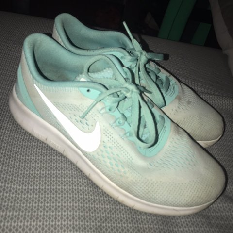 3d72ef1e4268 Nike Color Running Pretty 4 In Kids Depop ShoesSize But Don t WH2D9YeIE