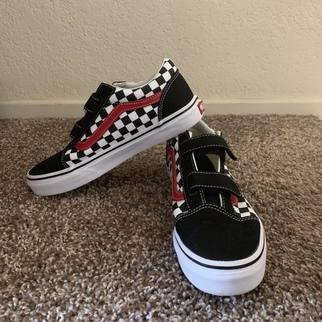 Vans checkered velcro old skools! these