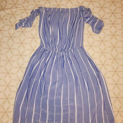 45eaf67dfb5 American eagle summer dress Fits about the knee
