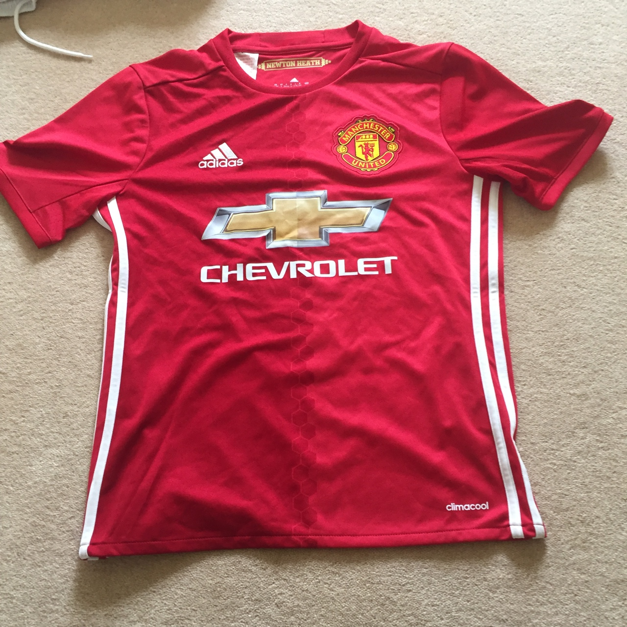 sale retailer d7b12 fd24d Full 2017 Manchester United kit with two shirts. ... - Depop