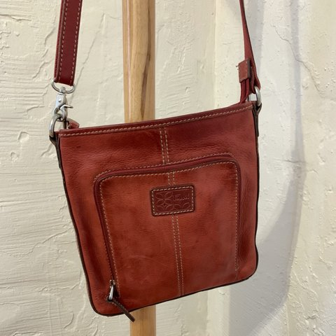 2e8e3a930 @taybaysquared. 2 months ago. Phoenix, United States. Red leather Fossil  crossbody purse ❤ 👜 long strap 📏 2nd ...