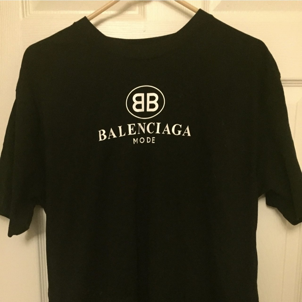 cb152c38f balenciaga mode black shirt