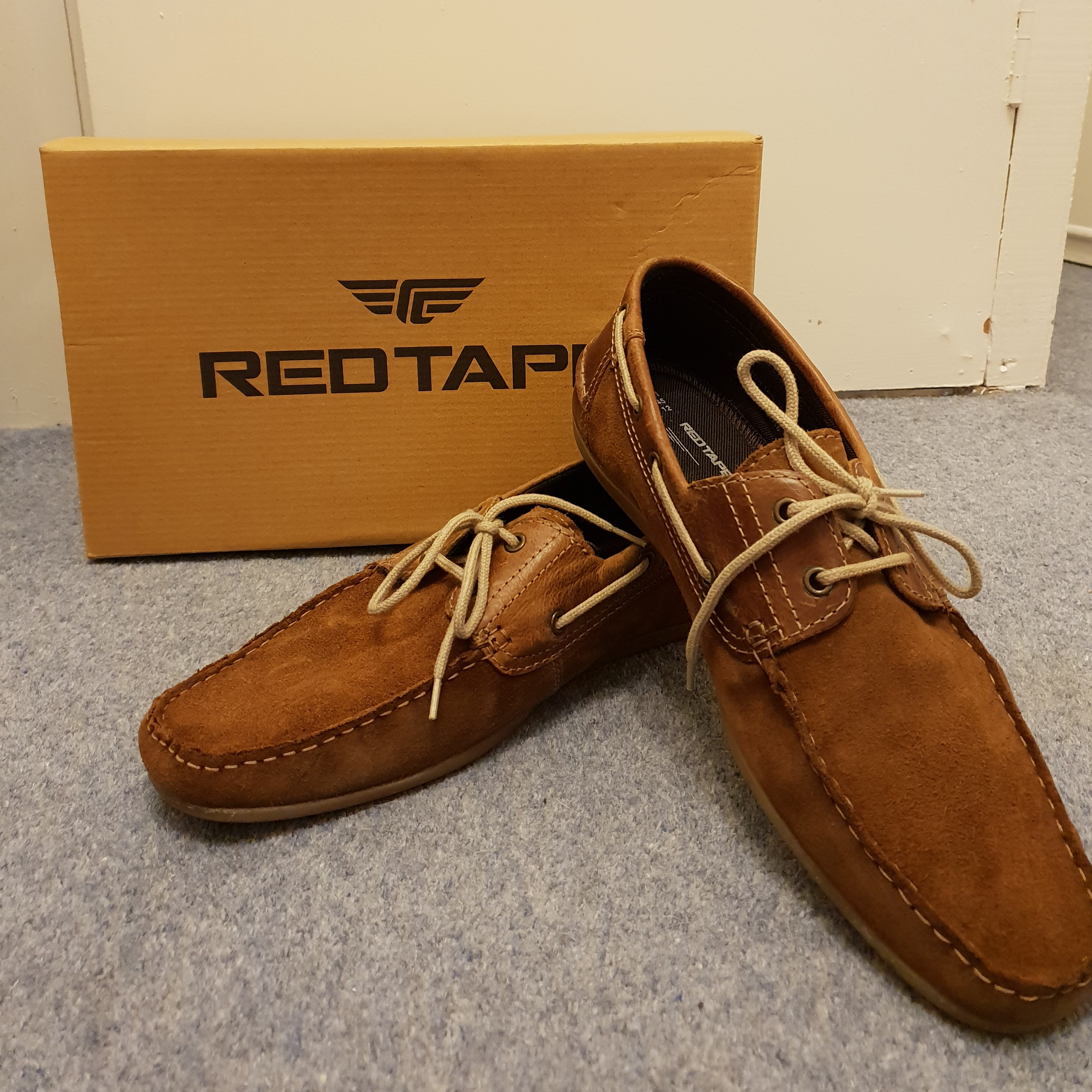 Red Tape' boat shoes Faux suede and