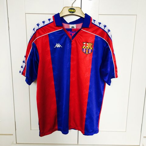 9295e9f63f4 Retro vintage kappa barcelona home kit in size large but can - Depop