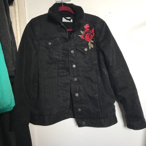 5316724a08ff Black denim jacket with embroidered roses