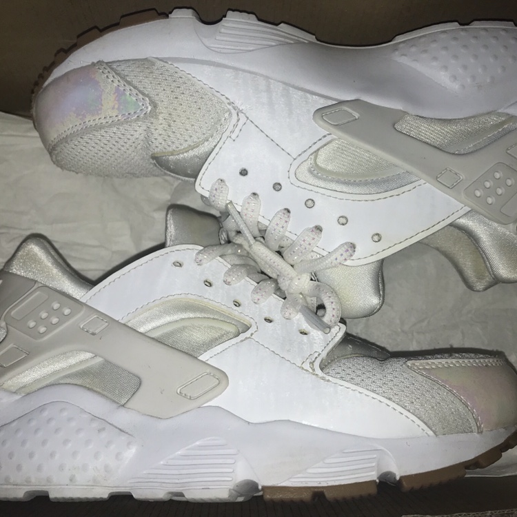 new products c031b b0fc0 white/holographic huaraches fairly used slight... - Depop