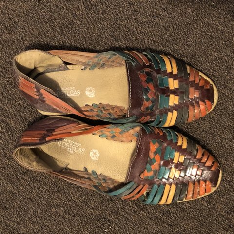 83326bd6c31e beautiful colorful mexican huaraches. these have a lot of in - Depop