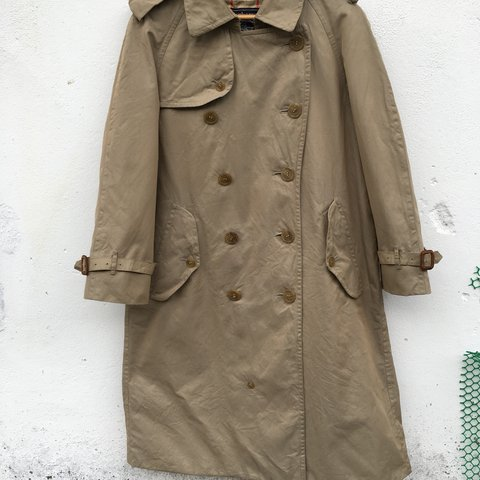 e733bbd59 @ganupickers. 5 months ago. Alor Setar, Malaysia. vintage burberrys trench  coat great vintage condition.