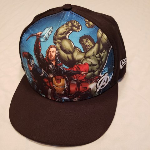 abfb77226550f New Era Marvel Avengers snap back adjustable hat. Size as to - Depop