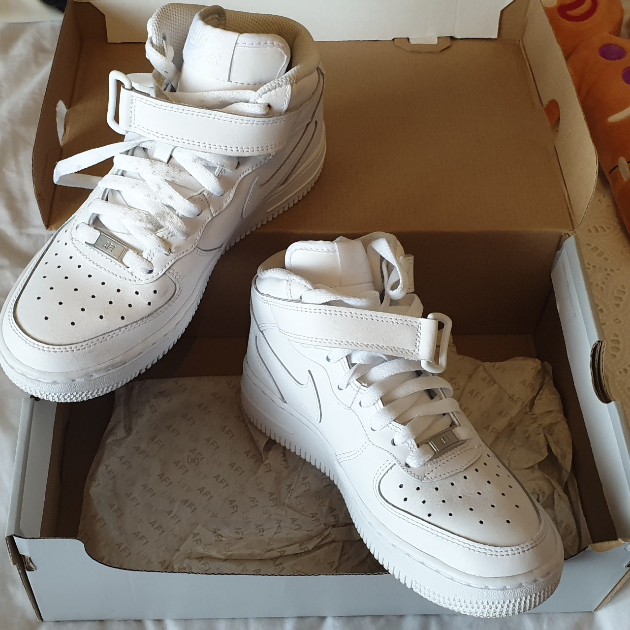 best loved 58420 8d6e1 Nike air force 1 mid Womens/Junior size 4... - Depop