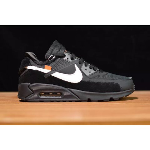 quality design 80a8d 7e45b  warehouseshop. last month. Londra, Regno Unito. Nike Air Max 90 X Off-White  Color  Black