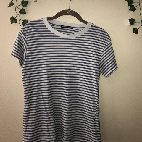 64c216aa34 @sallygornbein. 2 months ago. Tampa, United States. light blue striped  brandy melville tshirt !! nice and soft !!
