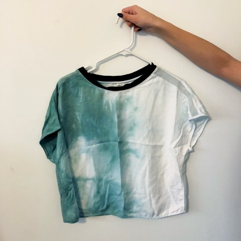 4981907250f833 Loose watercolor Lululemon crop top! Light and great for the - Depop