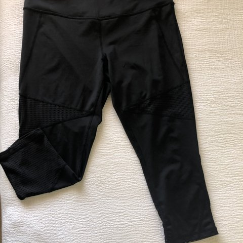 2fd6eea58d @kezbarton. 10 days ago. Prescott Valley, United States. Z by Zella yoga  pants. Mesh panels a excellent condition